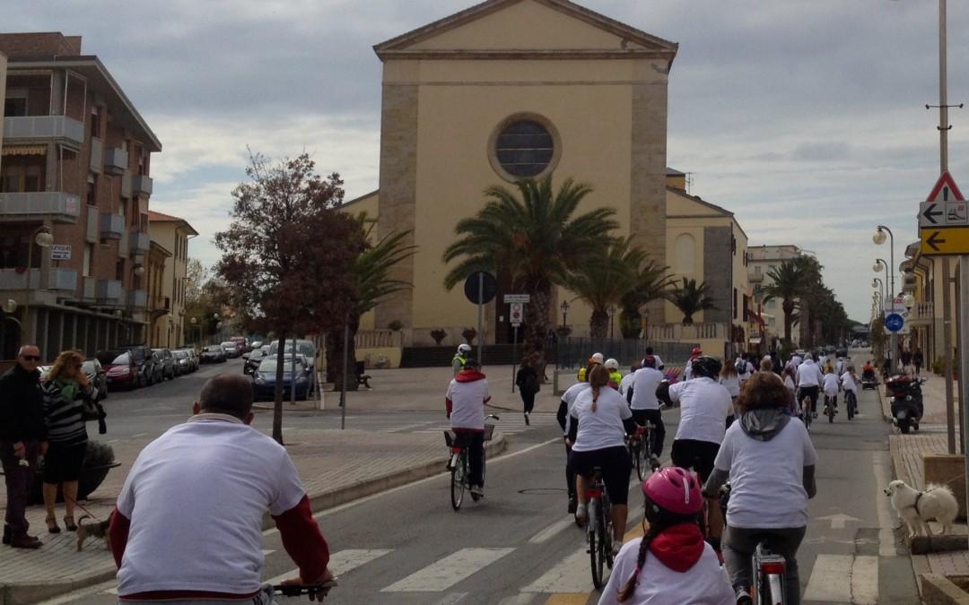Grande successo per la Prima pedalata insieme per la solidarietà di Avis San Vincenzo